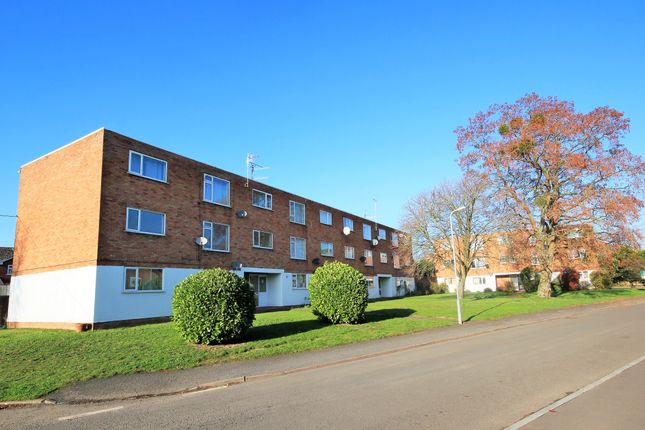 Thumbnail Flat to rent in Farleigh Road, Pershore