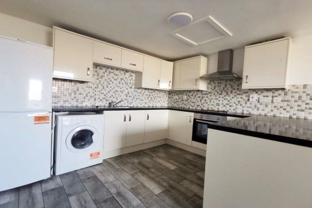 2 bed flat to rent in Beecroft Road, Cannock WS11