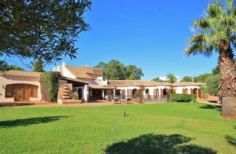 Thumbnail Villa for sale in La Manga Club, Murcia, Spain