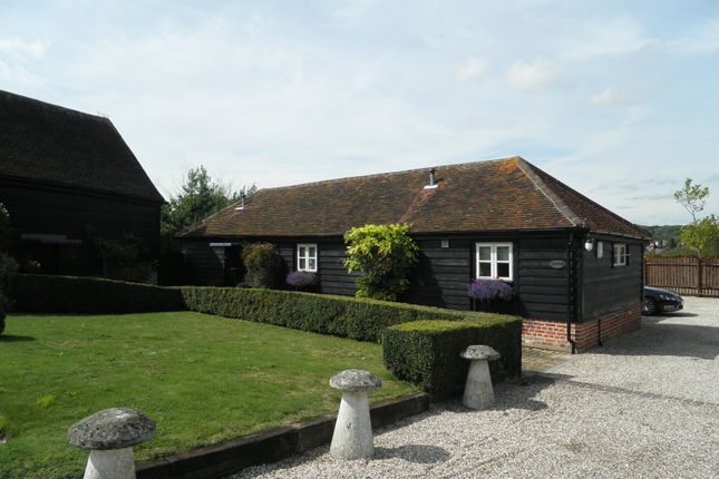Thumbnail Barn conversion to rent in Abridge Road, Theydon Bois