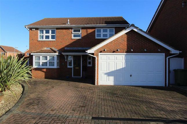 Thumbnail Detached house for sale in Hedingham Drive, Wickford, Essex