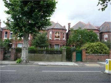 Thumbnail Studio to rent in Chevening Road, London