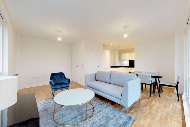 Thumbnail Flat to rent in Wimhurst Court, London