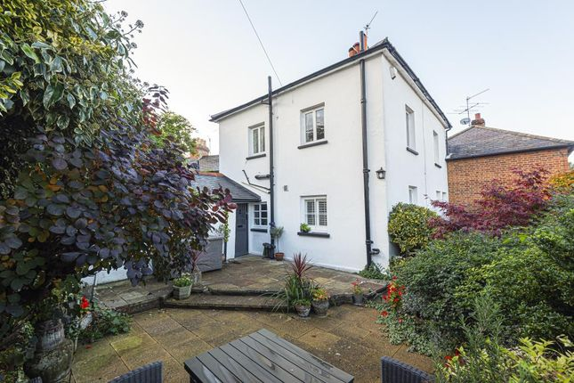 4 bed link-detached house for sale in Henley-On-Thames, South Oxfordshire RG9