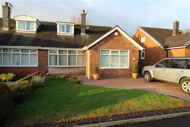 3 bed property for sale in Hawthorn Crescent, Preston