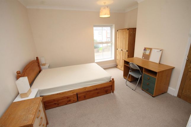 Thumbnail Property to rent in Dereham Road, Norwich