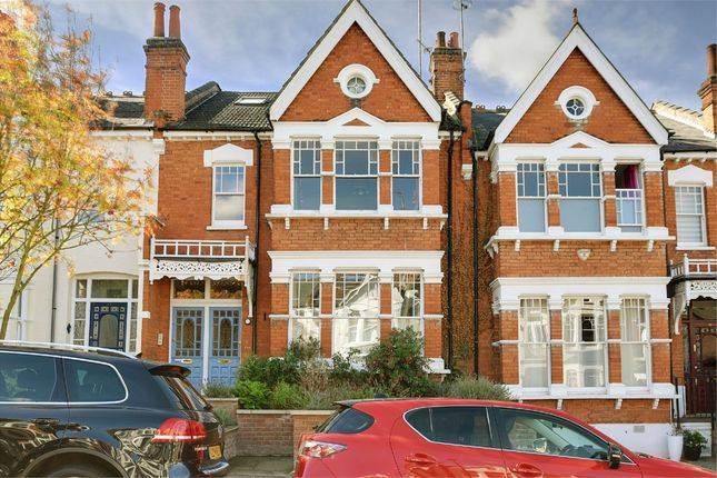 Thumbnail Flat for sale in Curzon Road, Muswell Hill, London