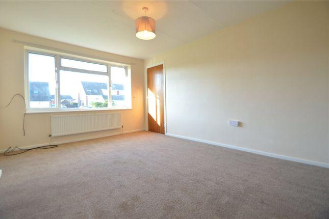 2 bed semi-detached bungalow to rent in Sandringham Road, Maidenhead, Berkshire SL6