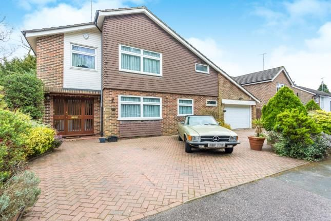 Thumbnail Detached house for sale in Birchmead, Watford, Hertfordshire, .