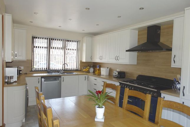 Thumbnail Semi-detached house for sale in Northdown Road, Welling