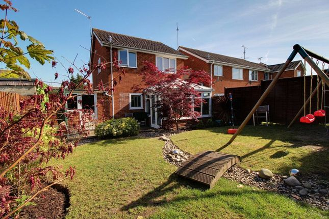 Picture No. 11 of Harwich Close, Lower Earley, Reading, Berkshire RG6