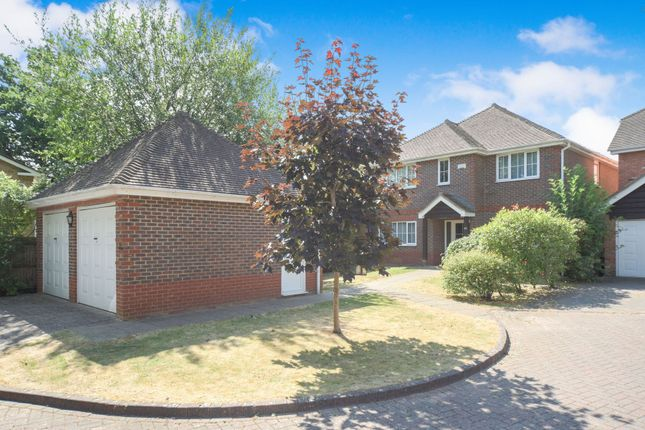 Thumbnail Detached house to rent in Shorland Oaks, Warfield