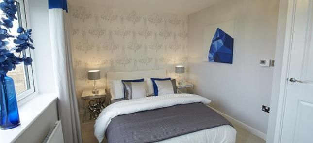 Bedroom of Clarence Gardens, Oxford Road, Burnley BB11