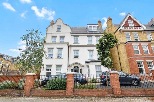 Thumbnail Flat to rent in Hanger Lane, Ealing