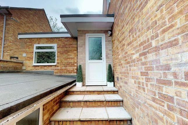 Thumbnail Flat to rent in Merrow Drive, Hemel Hempstead