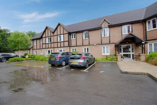 2 bed flat for sale in Meadowside, Storrington, Pulborough, West Sussex RH20