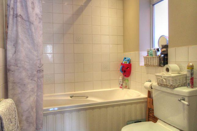 Family Bathroom of Brodrick Road, Eastbourne BN22