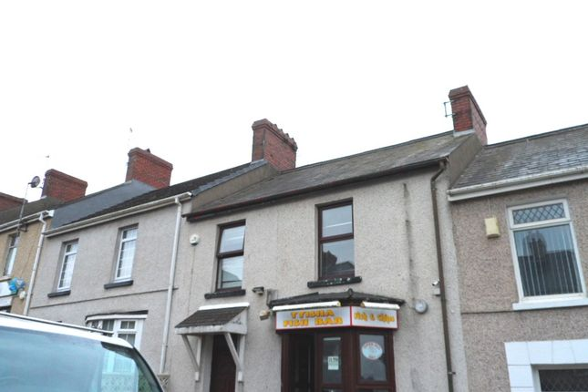 Thumbnail Flat to rent in Tyisha Road, Llanelli