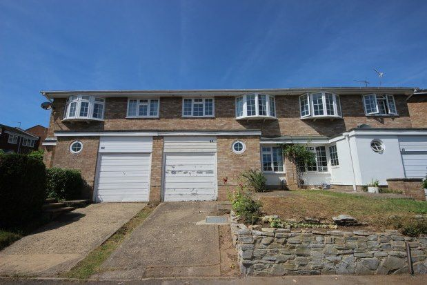 Thumbnail Property to rent in Lynwood, Guildford