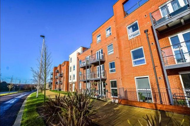 2 bed flat to rent in Lett Lane, Ebbsfleet Valley, Swanscombe DA10