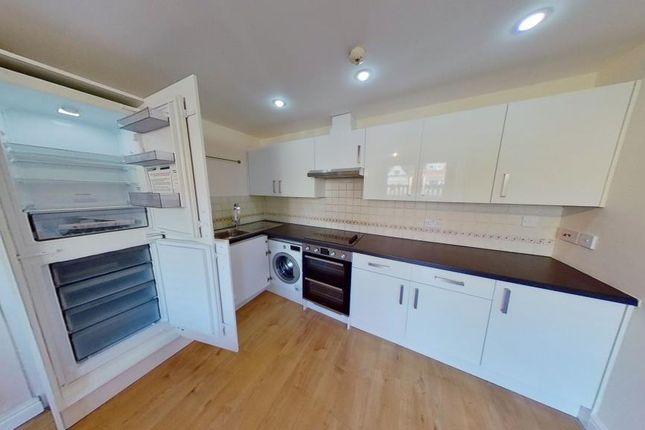 Kitchen of 223, City Road, Roath, Cardiff, South Wales CF24