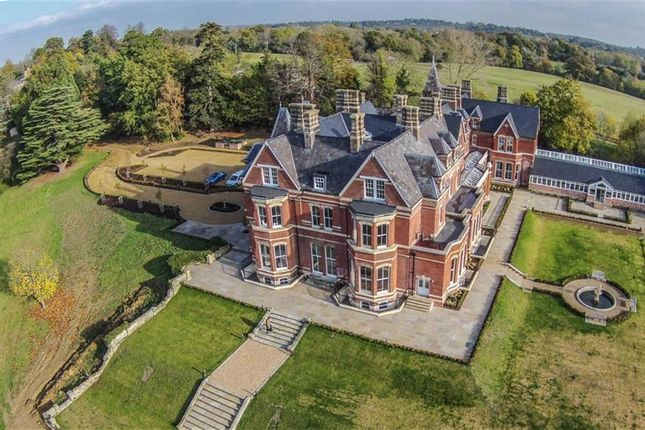Thumbnail Flat for sale in Lillesden House, Hawkhurst, Kent