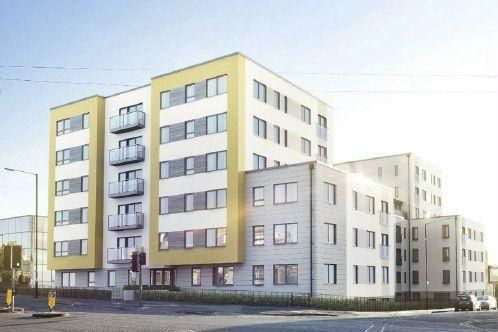 Thumbnail Flat to rent in West Central, Stoke Road, Slough