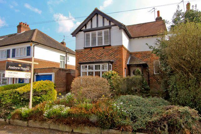 3 Bedroom Houses to Buy in Widenham Close, Eastcote, Pinner