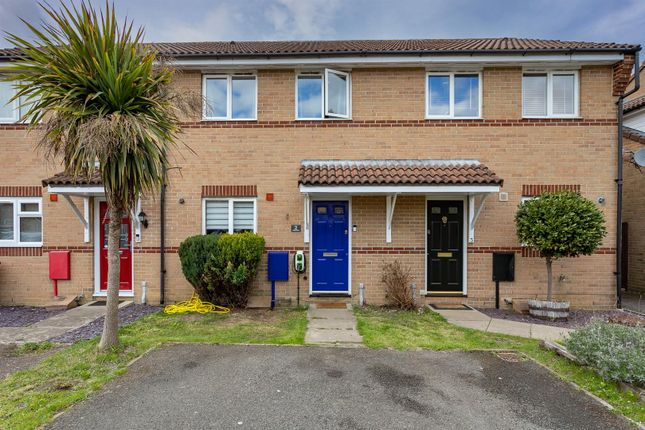 3 bed property for sale in Lidsey Close, Maidenbower, Crawley RH10