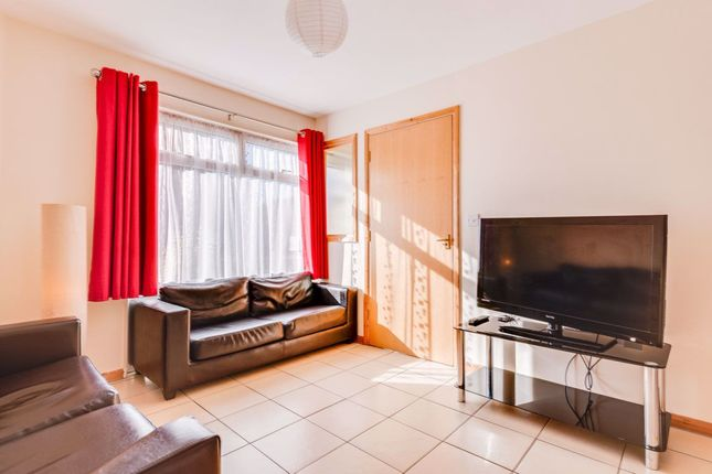 Thumbnail Property to rent in Somner Close, Canterbury
