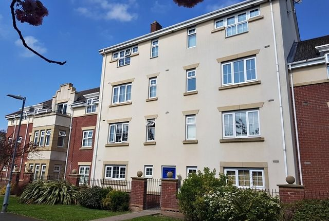 Thumbnail Flat for sale in Cravenwood Rise, Westhoughton