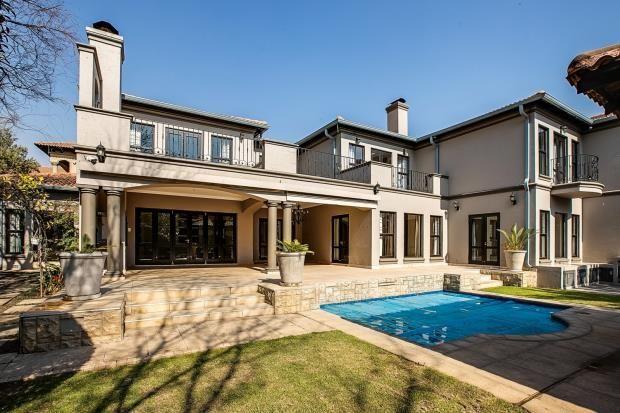 Thumbnail Property for sale in Villa Monterey, Bryanston, Johannesburg, 2191