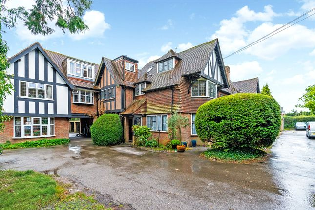 Thumbnail Flat for sale in Firs Court, Chesham Road, Amersham