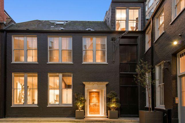 Thumbnail Semi-detached house for sale in Aldersgate Street, London