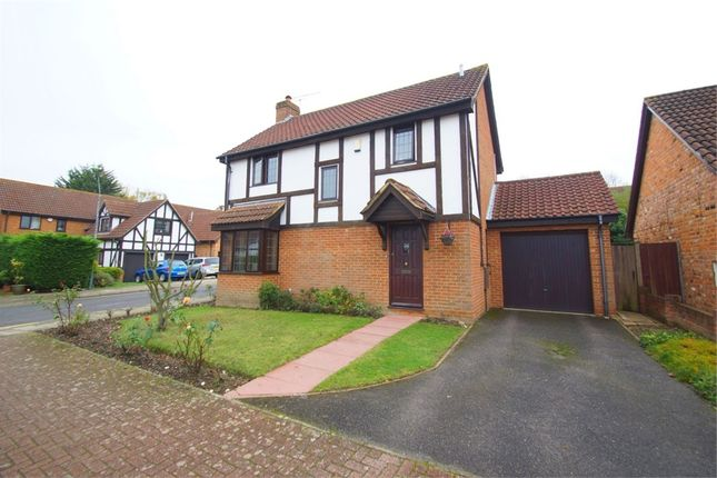 Thumbnail Detached house for sale in Cleeve Park Gardens, Sidcup, Kent