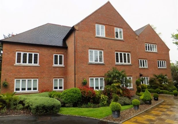 Thumbnail Flat to rent in Four Oaks Road, Four Oaks, Sutton Coldfield