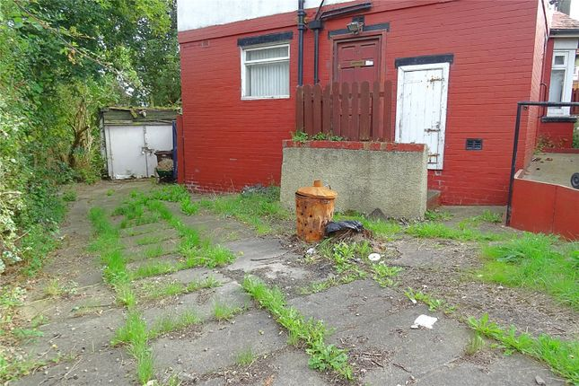 Picture No. 25 of Thackeray Road, Bradford, West Yorkshire BD10