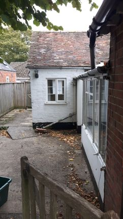 Thumbnail Flat to rent in Blandford Road, Shillingstone