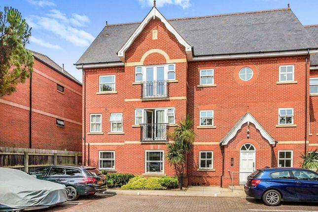 Thumbnail Flat for sale in Princes Gate, Peterborough
