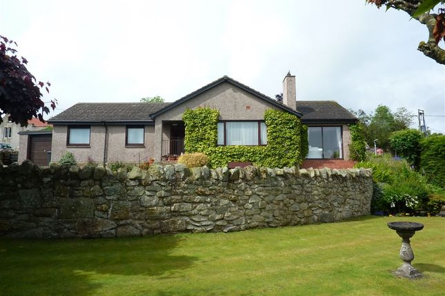 Thumbnail Bungalow for sale in Blebo Craigs, Blebo Craigs Cupar, Fife
