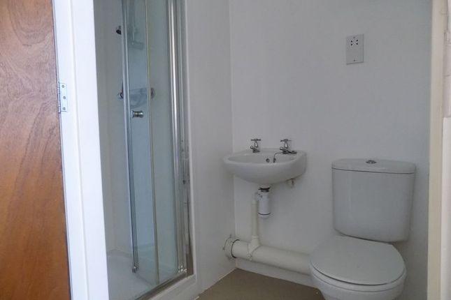 En Suite of Apartment 912, Colonnade, Sunbridge Road, Bradford BD1