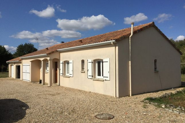 Properties for sale in pindray montmorillon vienne for Habitat de la vienne poitiers