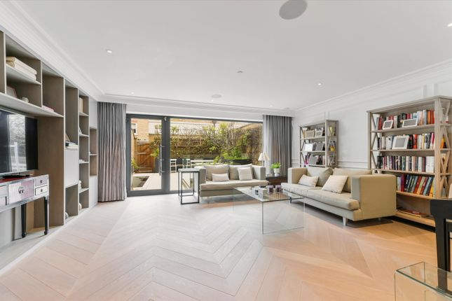 Thumbnail Terraced house to rent in Warriner Gardens, London, London