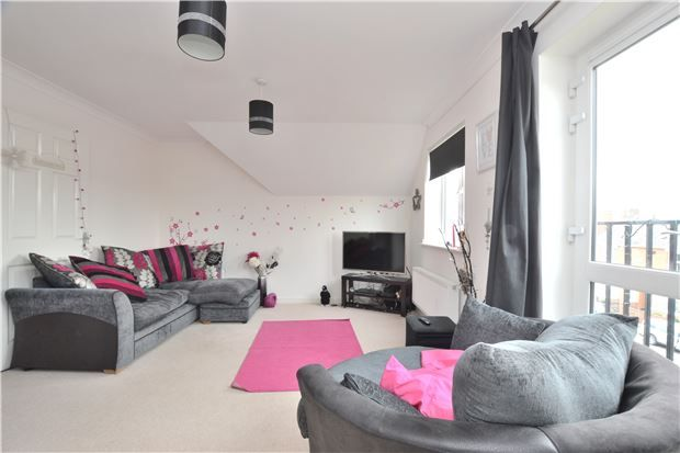 Thumbnail Flat for sale in Bloomfield Terrace, Gloucester