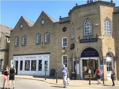 Thumbnail Retail premises to let in Unit 4 Bishops Walk, Cricklade Street, Cirencester, Gloucestershire