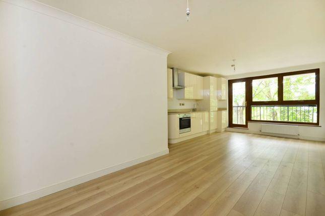 Thumbnail Flat to rent in Gipsy Lane, Putney