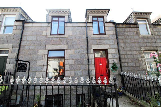 Thumbnail Terraced house for sale in Springbank Terrace, Aberdeen