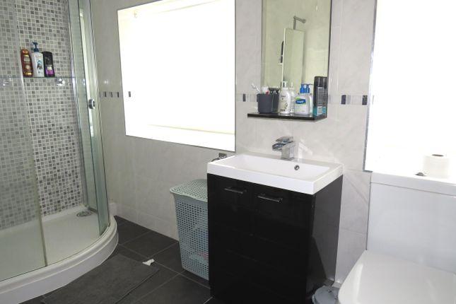 Bathroom of Gressel Lane, Birmingham B33
