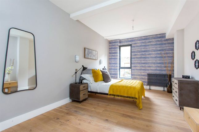 1 bed flat for sale in Cotton Exchange, Wilmer Place, Stoke Newington, London