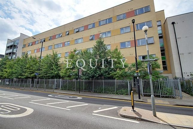 Thumbnail Flat for sale in Cosmopolitain Court, Main Avenue, Enfield